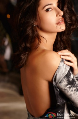 Nargis Fakhri Flaunts Her Back In A Sexy Manner