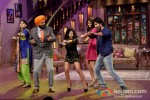 Navjot Singh Sidhu, Ileana D'Cruz And Shahid Kapoor promote Phata Poster Nikhla Hero on 'Comedy Nights With Kapil'