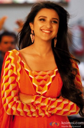 Parineeti Chopra In a Still From Daawat-E-Ishq
