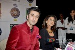 Ranbir Kapoor & Neetu Kapoor promote 'Besharam' on KBC - Season 7 Pic 3