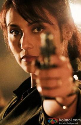 Rani Mukerji Snapped Holding A Gun In Mardaani