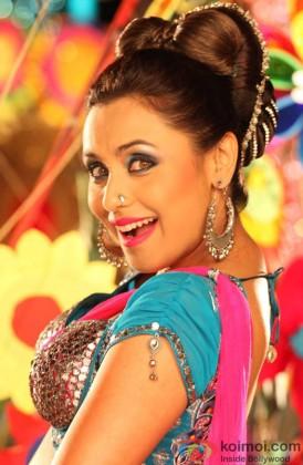Rani Mukerji Snapped In A Aiyyaa Song Still