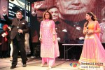 Rishi Kapoor, Neetu SIngh Kapoor And Pallavi Sharda celebrate Diwali at Times Square, New York