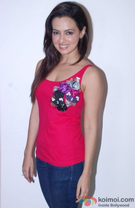 Sana Khan Looking Sexy In A Red hot Outfit