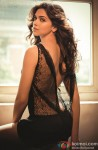 Sexy Deepika Padukone Flaunts Her Back