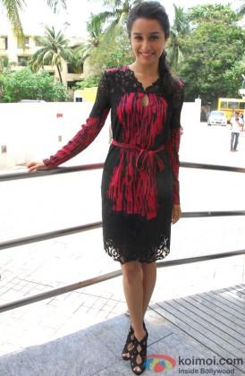 Shraddha Kapoor Flaunts Her Pretty Smile