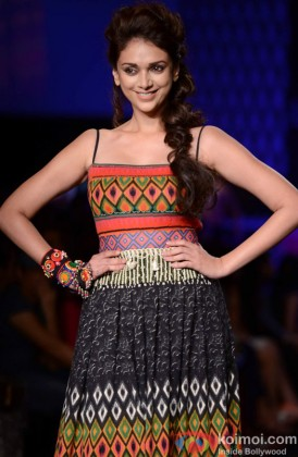 Aditi Rao Hydari Sizzles On The The Ramp
