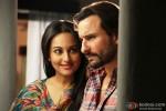 Sonakshi Sinha and Saif Ali Khan in Bullett Raja Movie Stills Pic 2