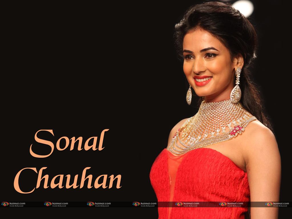 Sonal Chauhan Wallpaper 1