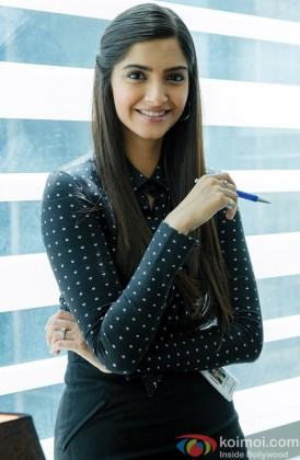 Sonam Kapoor In A Formal Look From Bewakoofiyaan