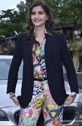 Sonam Kapoor Snapped In a Stylish Outfit At An Event