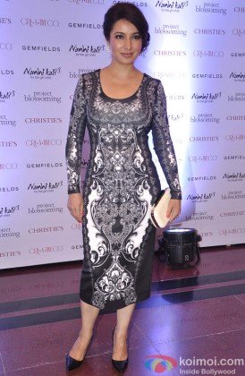Tisca Chopra looks sizzling hot here!