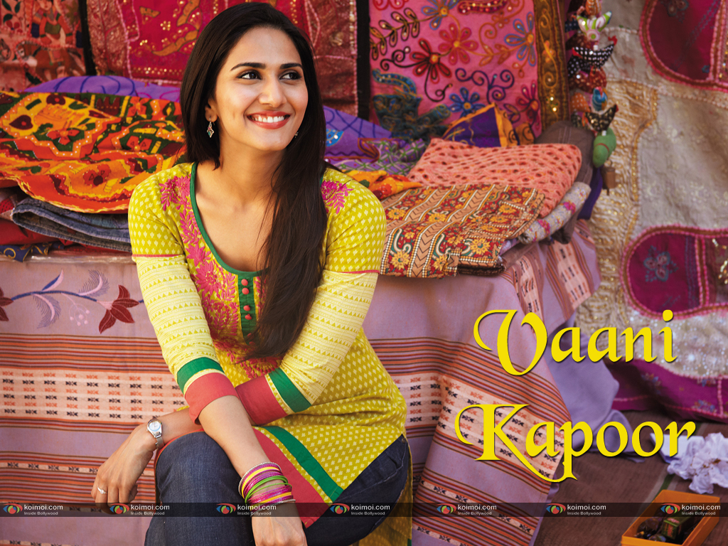 Vaani Kapoor Wallpaper 1