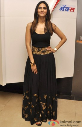 Vaani Kapoor dazzles in Black attire