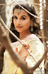 Vidya Balan Looking Beautiful In A Traditional Avatar