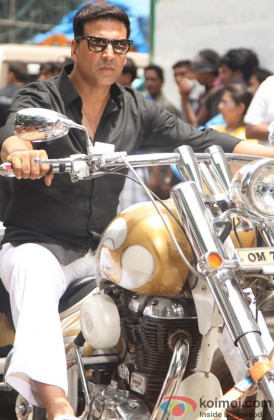 A Dapper Akshay Kumar Rides The Bike
