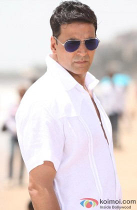 Akshay Kumar Gives An Angry Stare