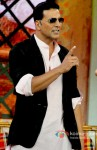 Akshay Kumar promotes Boss on 'Comedy Nights with Kapil' Pic 1