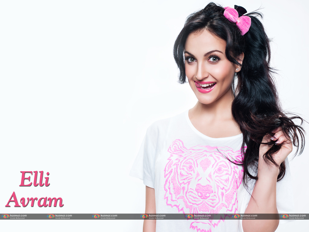Elli Avram Wallpaper 1