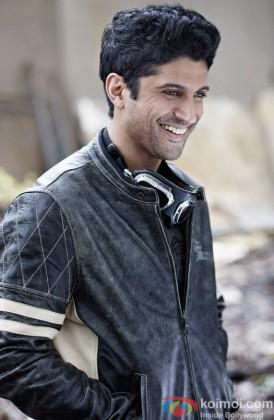 Farhan Akhtar Snapped In A Happy Mood
