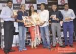 Farhan Akhtar, Sonam Kapoor And Rakeysh Omprakash Mehra At DVD Launch of Bhaag Milkha Bhaag Pic 2