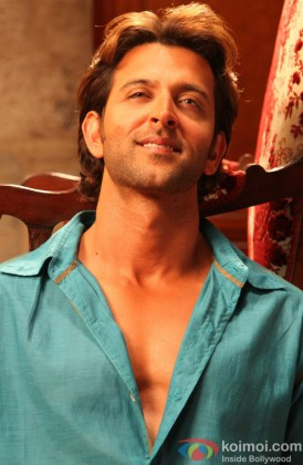 Hrithik Roshan Flaunts His Killer Smile