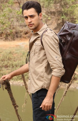 Imran Khan in a still from Gori Tere Pyaar Mein!