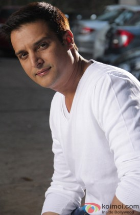 Jimmy Shergill Dons A Perfect Smiler