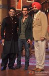 Kapil Sharma, Hrithik Roshan And Navjot Singh Sidhu promote Krrish 3 on 'Comedy Night With Kapil' Pic 1