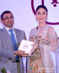 Kareena Kapoor launches Malabar Gold and Diamond's new collection Pic 2
