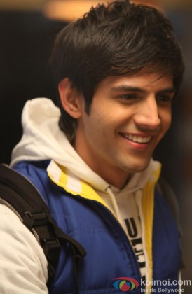 Kartik Tiwari Flashes His Cute Smile