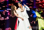 Madhuri Dixit And Shah Rukh Khan Rock Sydney | Temptations Reloaded 2013 Pic 1