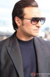 Saif Ali Khan Looks Stunning With Stylish Shades