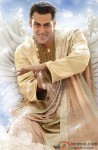 Salman Khan poses as an angel for Bigg Boss' promotion