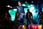 Shah Rukh Khan Rocks Temptations Reloaded at Perth Arena Australia Pic 2