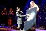 Shah Rukh Khan Rocks Temptations Reloaded at Perth Arena Australia Pic 4