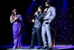 Shah Rukh Khan Rocks Temptations Reloaded at Perth Arena Australia Pic 3