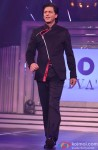 Shah Rukh Khan walks the ramp