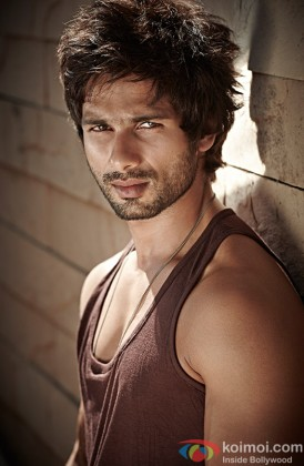 Shahid Kapoor Flaunts His Rugged Look