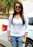 Sonakshi Sinha attends the launch of Smile Foundation's mobile hospital van Pic 2