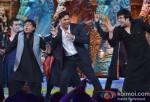Sudesh Lehri, Akshay Kumar, Krishna Abhishek promote Boss on Comedy Circus Ke Mahabali Pic 1