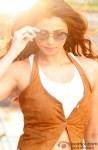 Daisy Shah gives a stunning pose!