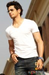 Sidharth Malhotra Looking Sexy In A White T-Shirt