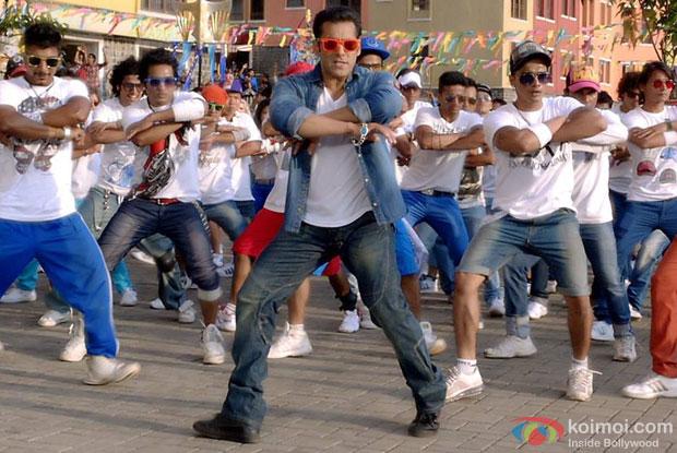 Salman Khan in a still from 'Jai Ho'