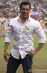A Happy Salman Khan Poses For Shutterbugs
