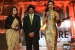 Dia Mirza and Deepika Padukone at the 'Filmfare Awards 2014'