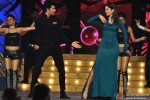 Manish Paul and Katrina Kaif perform at 'Umang' Police Show 2014
