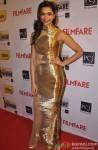 Deepika Padukone walks the Red Carpet of 'Filmfare Awards 2014'