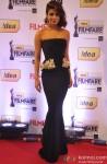 Priyanka Chopra walks the Red Carpet of 'Filmfare Awards 2014'