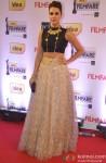 Neha Dhupia walks the Red Carpet of 'Filmfare Awards 2014'